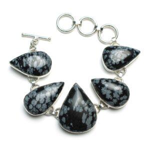 Le bracelet en obsidienne, joli et discret